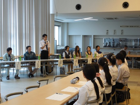 高校3年総合コース:卒業生との座談会