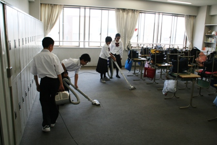 毎日の清掃活動(中学生編)