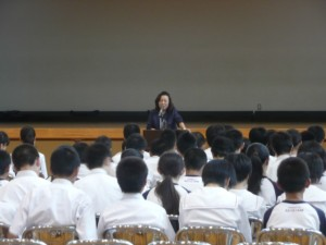 グローバル講演会を行いました