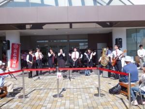 ♪音楽部 〜アピタ初生店 2周年祭で演奏しました