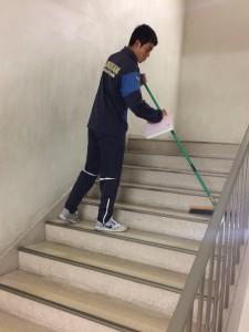 階段の掃除
