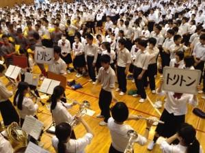 指揮も生徒が中心になって行います。