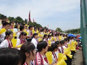 当日は高校1年生が応援でした。