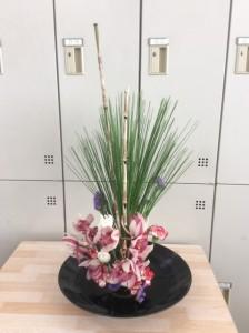 華道部:お正月花の練習